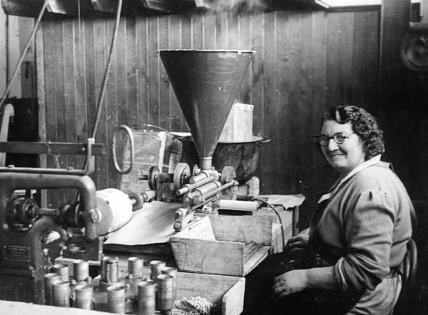 Manufacturing at Little Bourke Street pre WWII