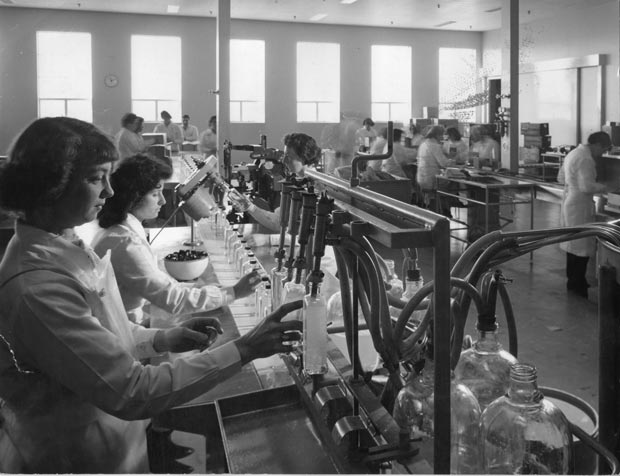 SPL Finishing room Clayton early 1960s